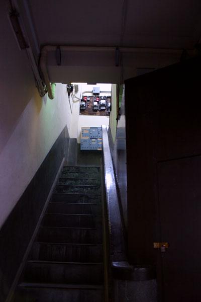 階段@銀座電気保安事務所.jpg
