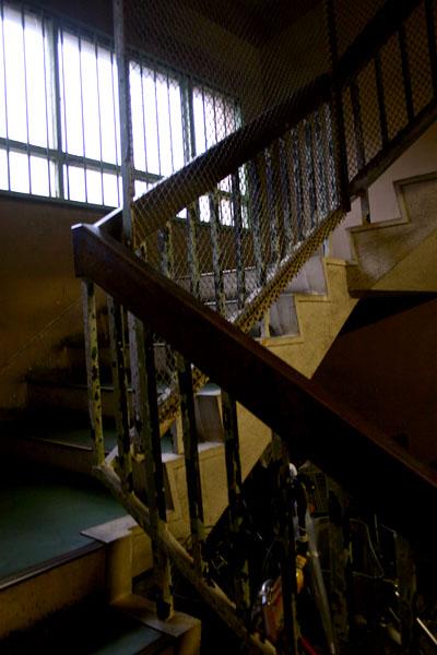 20号棟階段.jpg