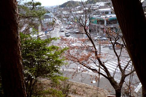 住吉神社上から交差点見下ろす.jpg